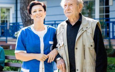 Prywatny dom spokojnej starości. Dlaczego warto?
